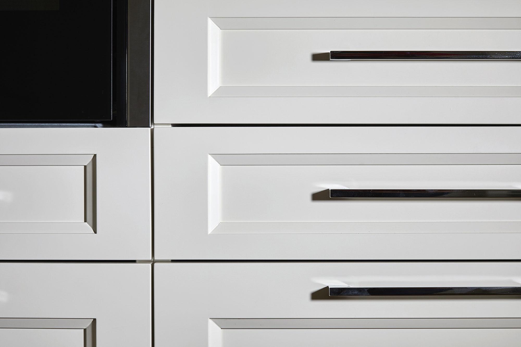 Tischlerei Stöckl Ebbs Inneneinrichtung Ferienhaus Möbel Esszimmer Küche Detailaufnahme