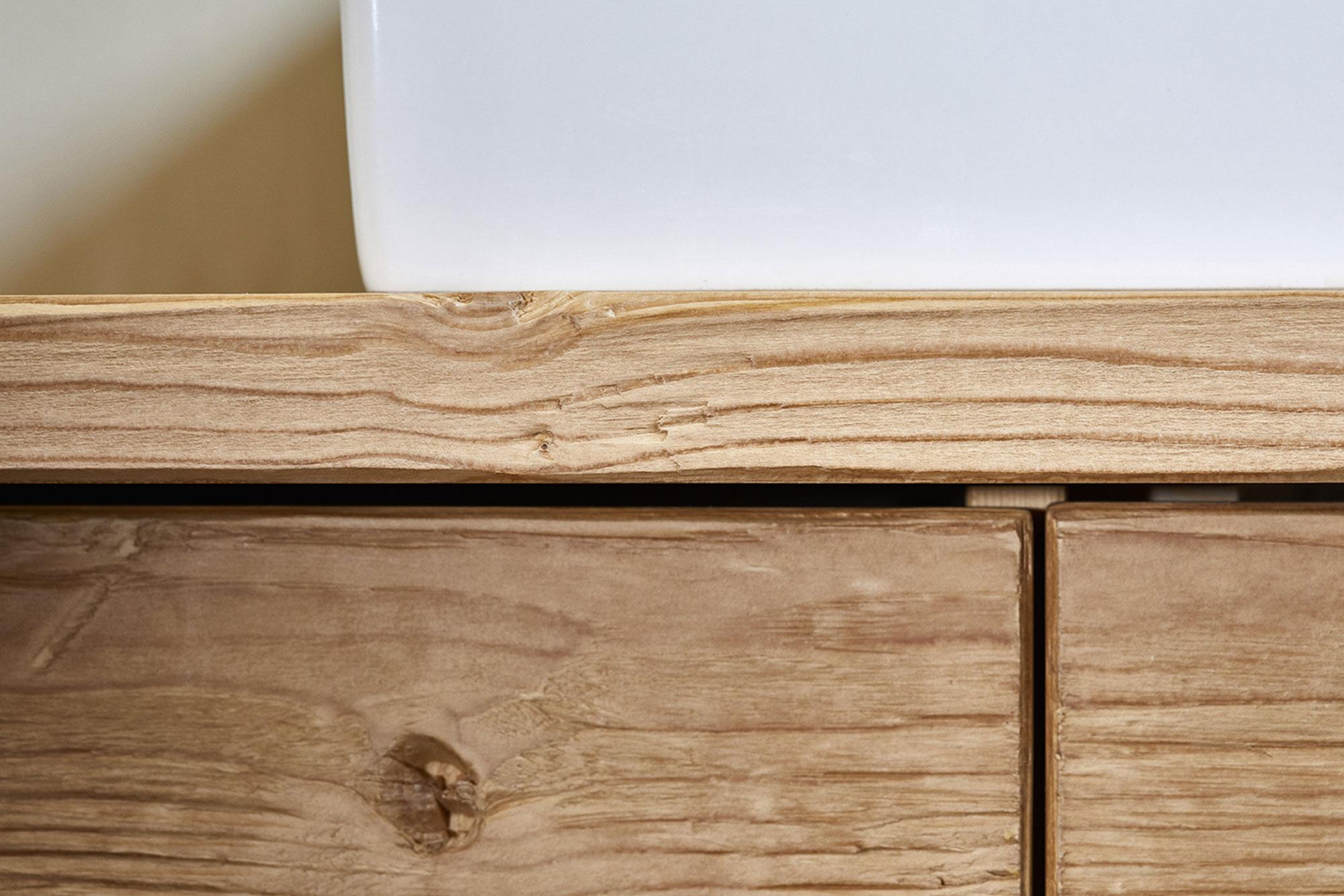 Tischlerei Stöckl Ebbs Inneneinrichtung Ferienhaus Möbel Detailaufnahme Holz