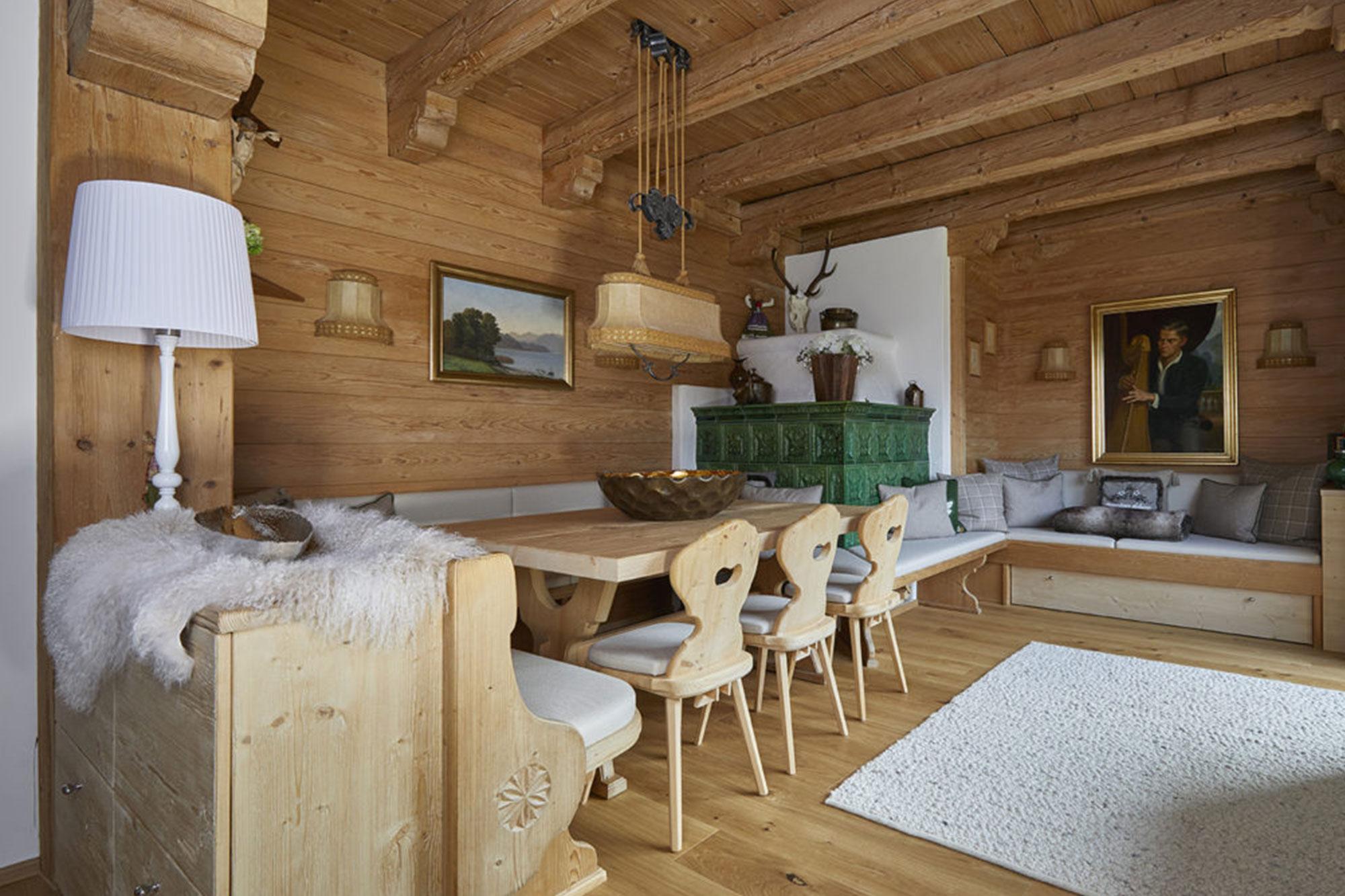 Tischlerei Stöckl Ebbs Inneneinrichtung Ferienhaus Möbel Stube Wohnzimmer