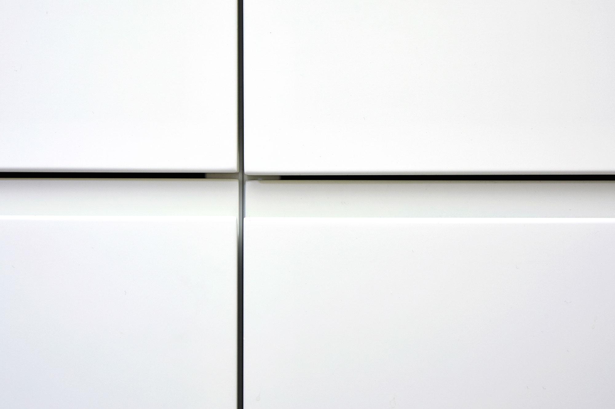 Tischlerei Stöckl Ebbs Inneneinrichtung Küche Wohnküche matt weiß Detailaufnahme